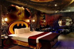 Every Prepubescent Man's Dream Room!
