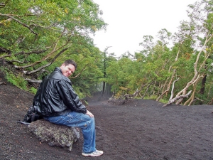 Climbing Mt Fuji 2006, Kevin taking a rest in the lowlands