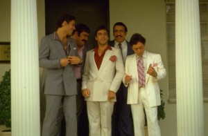 Scarface_Al-Pacino-wedding-suit-full_image-credit-Universal-Pictures-494x325
