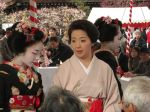 A mature and established Geisha and her Maiko.