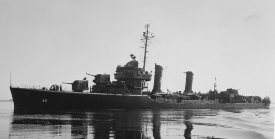 A sister-ship showing the 1945 Destroyer-Minesweeper configuration
