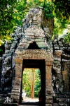 Cambodia 2015, Banteay Kdei, face-topped gate tower WM