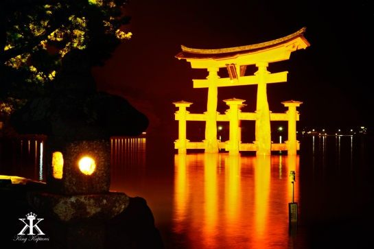 Miyajima 2015, Itsukushima Shrine, night torii in the rain WM