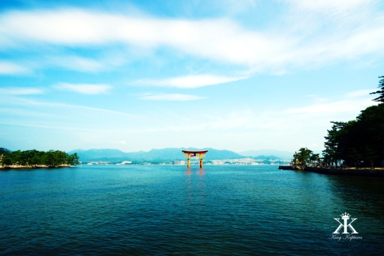 Miyajima 2015, Itsukushima Shrine, solitary floating torii WM