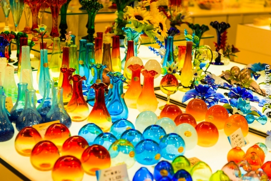 The Vivid Colors and Intricate Designs of Ryukyuan Glass Today