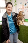 kobe-2016-owl-cafe-jody-holds-an-owl-friend